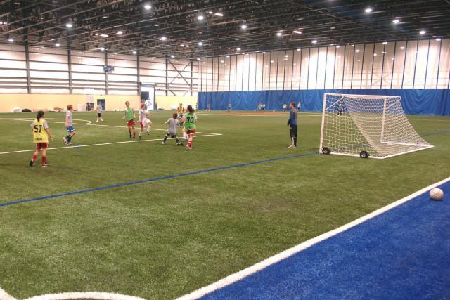 Le dôme comprendrait trois terrains de soccer à... (Ève Guillemette, Le Nouvelliste)