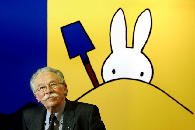 L'illustrateur et artiste néerlandais Dick Bruna en 2005.... (PHOTO ARCHIVES AFP)