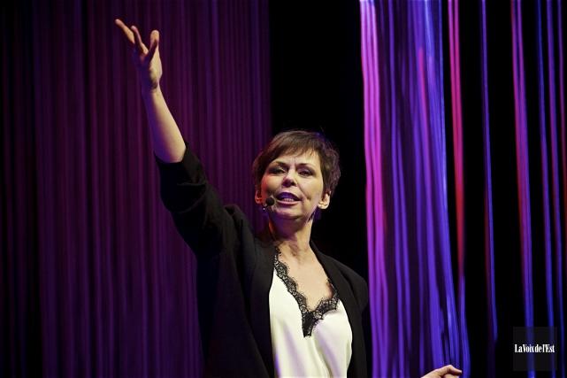 Claudine Mercier remonte sur scène après une pause... (archives La Voix de l'Est)