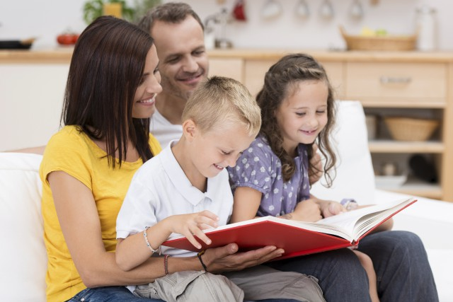 Une meilleure performance en matière de conciliation travail-famille... (123RF/racorn)