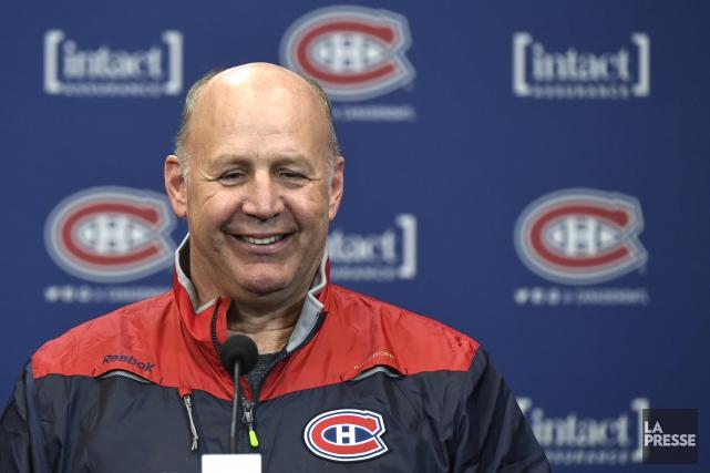 Claude Julien était tout sourire pour son premier... (PHOTO BERNARD BRAULT, LA PRESSE)