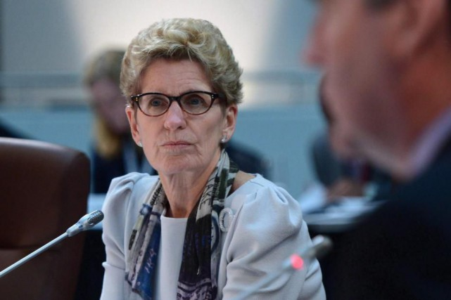 La première ministre de l'Ontario,Kathleen Wynne... (Archives, La Presse canadienne)