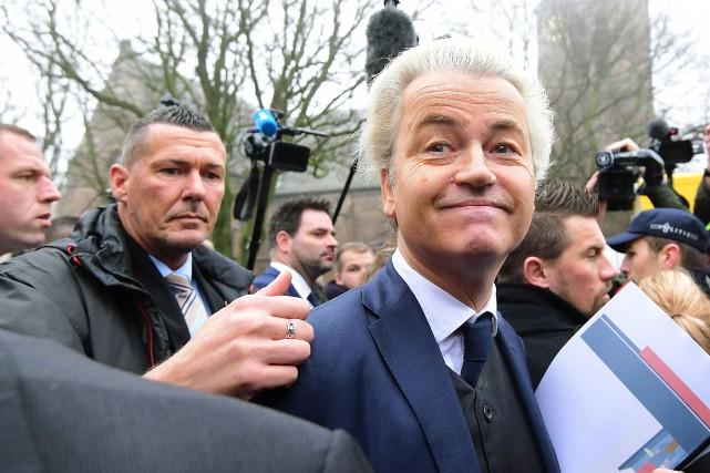 Geert Wilders est donné en tête par les... (PHOTO EMMANUEL DUNAND, AFP)