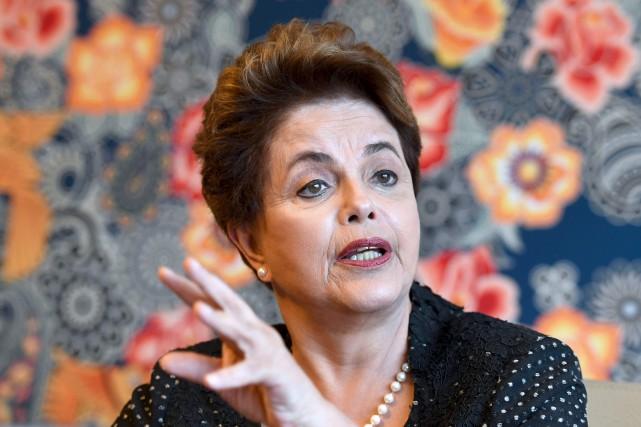 En entrevue avec l'Agence France-Presse, l'ancienne présidente brésilienne... (AFP, Evaristo Sa)