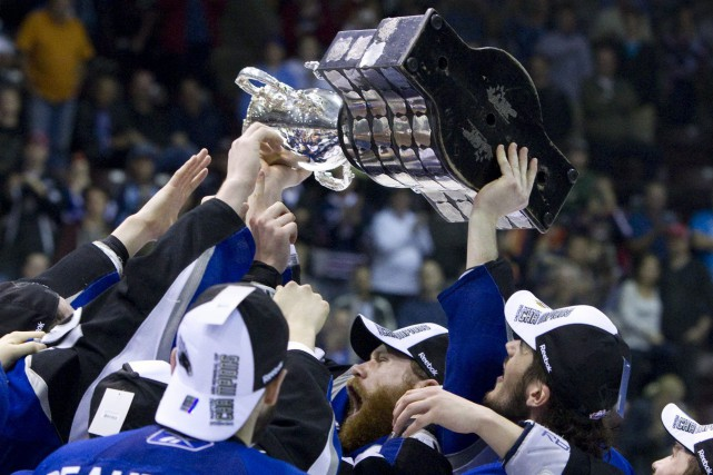 Regina accueillera le plus prestigieux tournoi de hockey... (Photo archives La Presse canadienne)