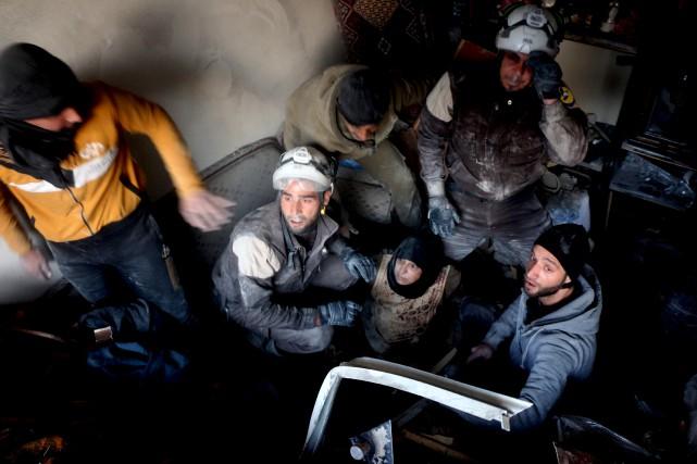 Le corps des Casques blancs regroupe quelque 3000... (AFP, Thaer Mohammed)