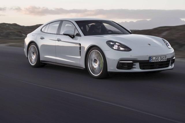 Porsche Panamera 2018... (fournie par Porsche)