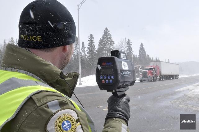 Un patrouilleur de la Sûreté du Québec a... (Archives Le Quotidien)