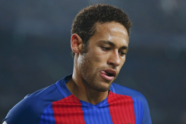 Neymar... (Photo Albert Gea, Reuters)