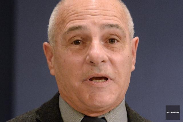 Robert Ranger sollicitera un troisième mandat, dans le... (Archives La Tribune, Maxime Picard)