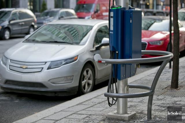 Le nombre de voitures électriques est en constante... (Photothèque Le Soleil)