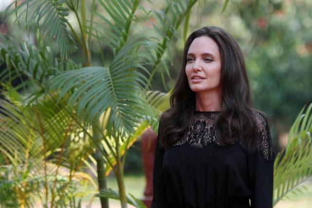 Angelina Jolie était au Cambodge, samedi, pour faire... (photo Samrang Pring, Reuters)
