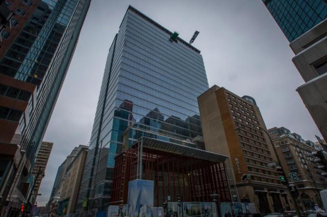 Montréal la forte création d emplois aide à remplir les bureaux