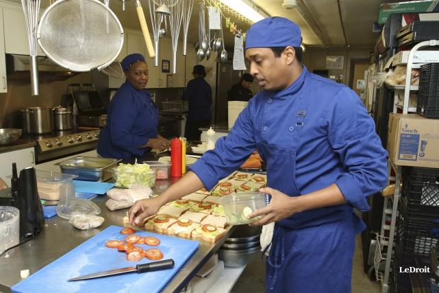 Gourmet-Xpress a cuisiné ses premiers plats en 2008.... (Patrick Woodbury, Le Droit)