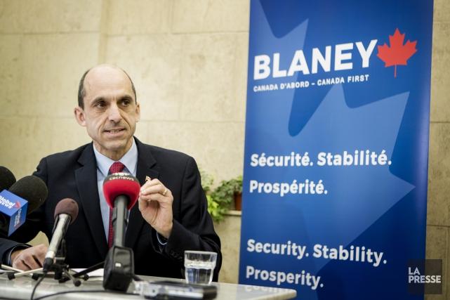 Steven Blaney réaffirme son appui inconditionnel au système... (La Presse, Marco Campanozzi)