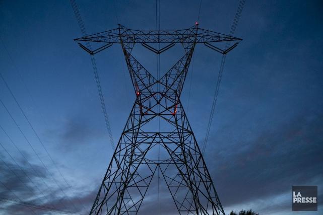 Hydro-Québec a réalisé un bénéfice net de 2,861 milliards $ en 2016, ce qui... (archives, La Presse)