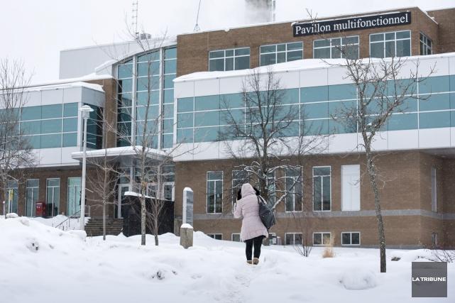 L'Université de Sherbrooke somme le Syndicat des professeurs... (Archives, La Tribune)