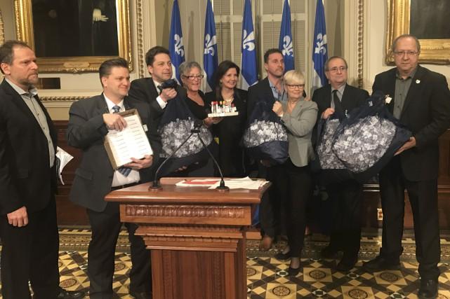 La «délégation élargie» de la Côte-Nord avec les... (fournie par le Parti québécois)