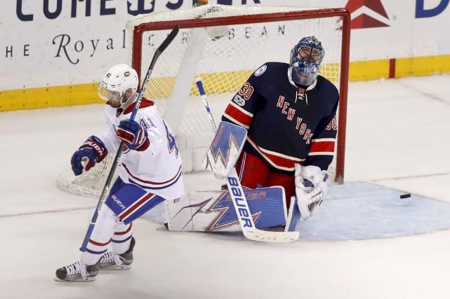 La réaction du gardien des Rangers Henrik Lundqvist... (AP, Julie Jacobson)