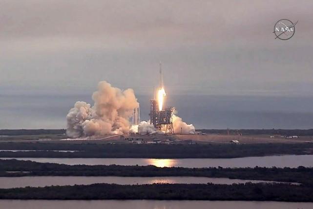 La capsule non habitée avait été lancée par... (NASA via AFP)