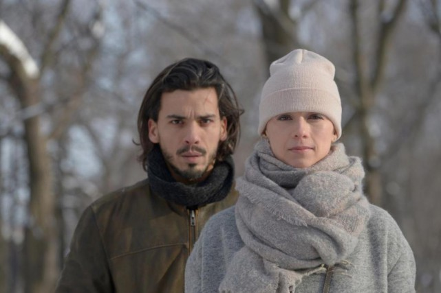 Tawfik Jallab et Karine Vanasse tournent présentement le... (Photo Philippe Bossé, fournie par la production)