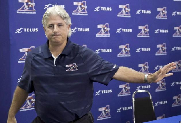 Les Alouettes ont congédié Jim Popp le 7... (La Presse canadienne, Paul Chiasson)
