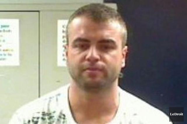La police de Gatineau a arrêté Claude Dorion... (Archives, Le Droit)