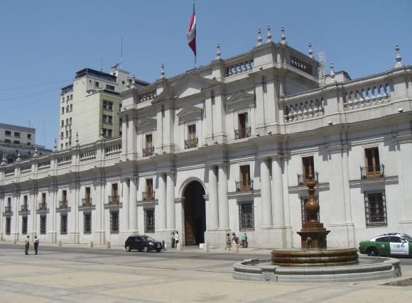 Le Palais de la Moneda, dont la façade... (Collaboration spéciale, Gilles Fisette)