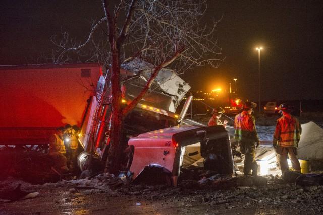 Un camionneur l'a échappé belle jeudi soir alors... (Spectre Média, Julien Chamberland)