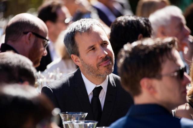 Un Denis Villeneuve attentif lors d'une réception organisée... (Photo Barbara Doux, collaboration spéciale)