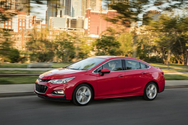 La Chevrolet Cruze diesel 2017 boit peu.... (PHOTO chevrolet)