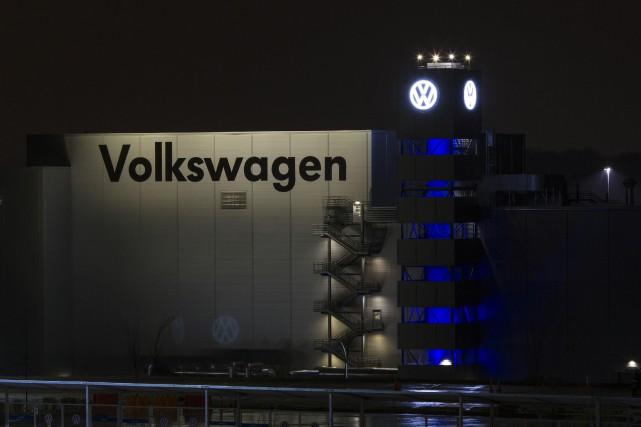 Le numéro un mondial de l'automobile, l'allemand Volkswagen, a annoncé vendredi... (Photo Christopher Aluka Berry, archives AFP)
