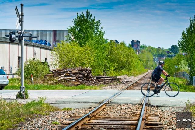 Le projet de train de passagers entre Montréal et Sherbrooke, de... (Archives, La Tribune)