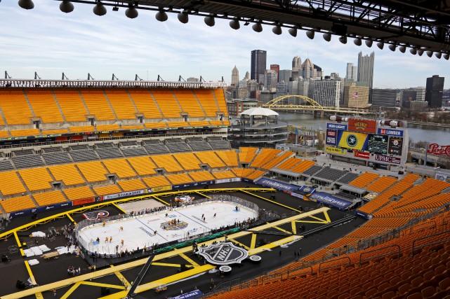 Les Flyers et les Penguins vont disputer samedi... (AP, Gene J. Puskar)