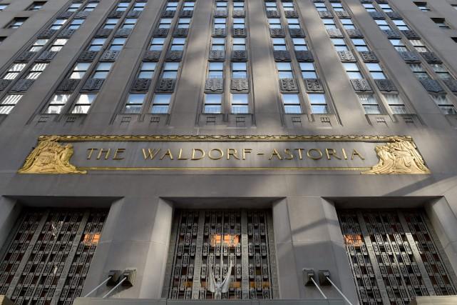 C'est au Waldorf Astoriaque fut notamment inventé le... (PHOTO TIMOTHY A. CLARY, ARCHIVES AFP)