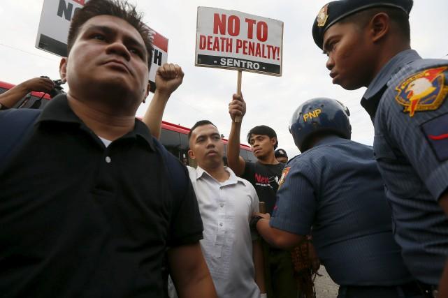 En plus de s'insurger contre l'emprisonnement de Leila... (AP, Bullit Marquez)