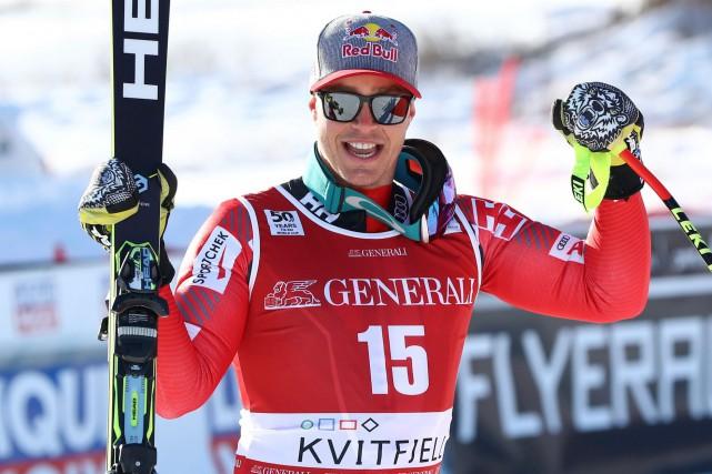 Érik Guay a terminé 3e à Kvitfjell, en... (AP, Alessandro Trovati)