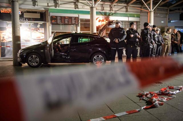 Selon les autorités, le suspect vivait dans la... (Photo Thomas Lohnes, Agence France-Presse)