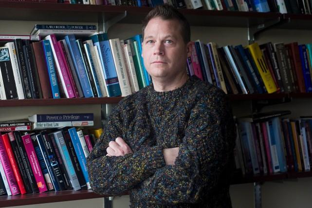 Jason Carmichael, professeur à l'Université McGill... (La Presse canadienne, Graham Hughes)