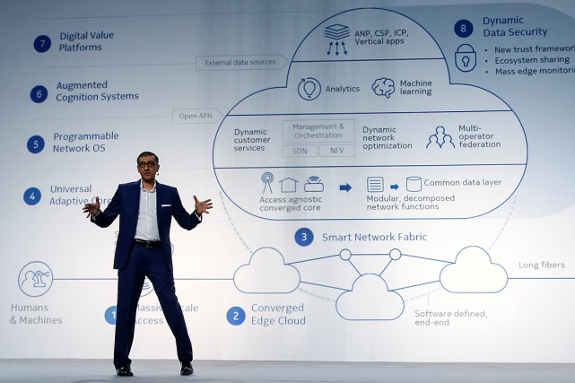 Rajeev Suri, le patron de Nokia, a dévoilé... (PHOTO ALBERT GEA, REUTERS)