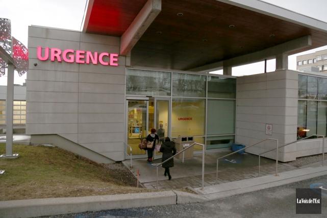 Le taux d'occupation des patients sur civières a... (Julie Catudal, La Voix de l'Est)