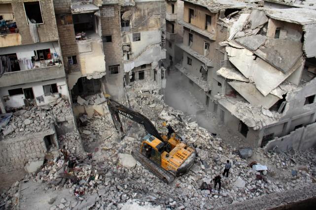 Parmi les victimes figurent trois enfants, mais les... (Photo Omar haj kadour, Agence France-Presse)