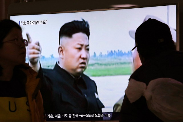 Le dirigeant nord-coréen Kim Jong-Un apparaît sur un... (Photo Ahn Young-joon, AP)