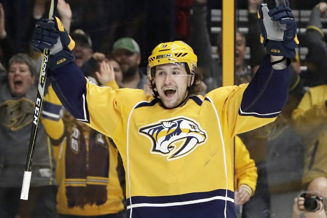 Filip Forsberg a réussi deux tours du chapeau au... (Photo Mark Humphrey, AP)