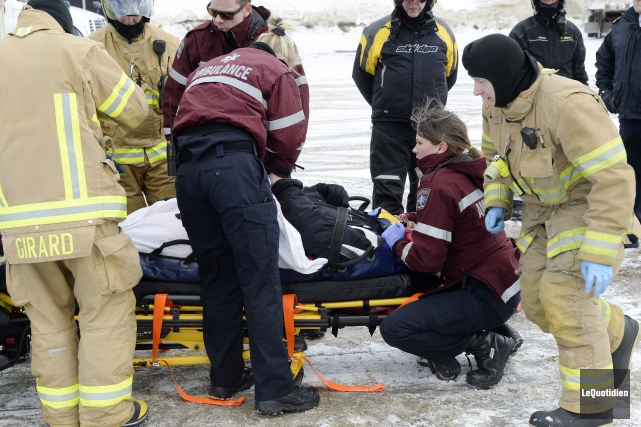 Un touriste américain a subi des blessures au... (Photo Le Quotidien, Jeannot Lévesque)