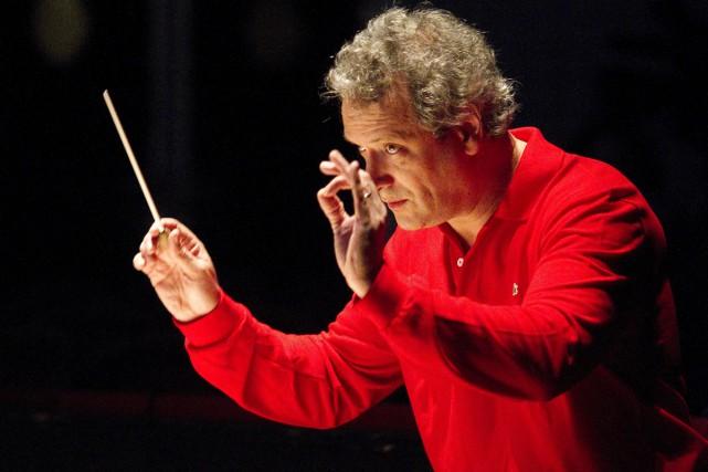 Le chef d'orchestre français Louis Langrée a été prolongé jusqu'en 2022 à la... (PHOTO ARCHIVES AFP)