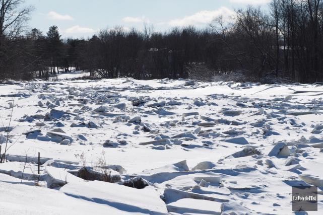 Lundi, Environnement Canada a diffusé un bulletin météorologique... (archives La Voix de l'Est)