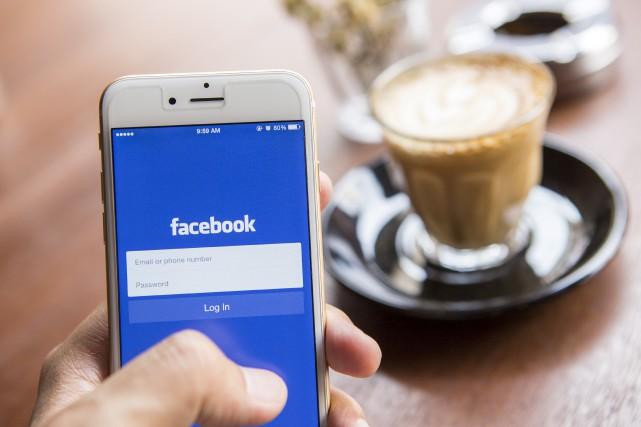 Il est toujours préférable de se déconnecter de son compte Facebook, surtout... (123rf)