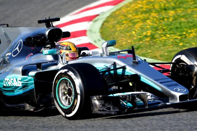 Le Britannique Lewis Hamilton a signé le meilleur... (AFP, Jose Jordan)