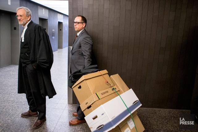 Le procureur de la Couronne, Jacques Dagenais (à... (Marco Campanozzi, La Presse)